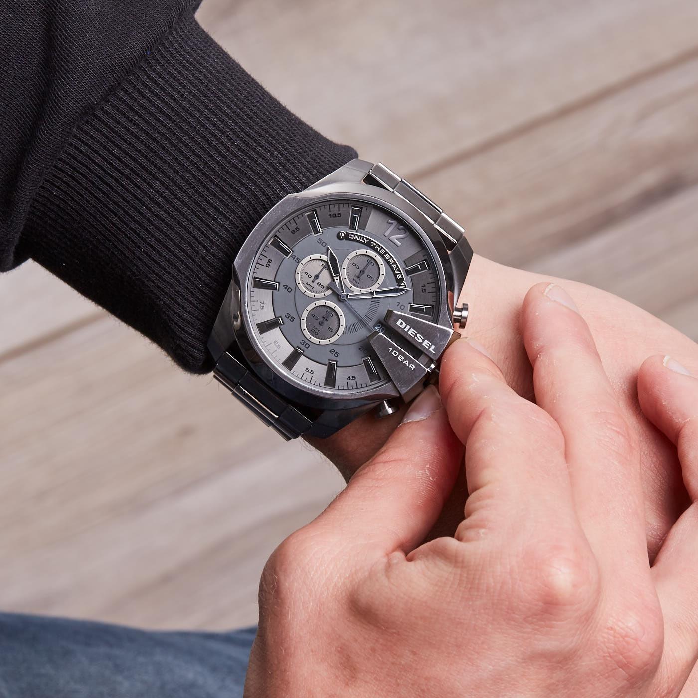 Diesel Mega Chief DZ4282 hodinky - Hodinky 7e229b06f3d